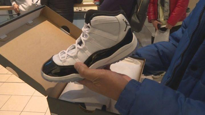 e94147e71aac New Air Jordan 11 Concord sneakers hit shelves in Calgary – Calgary –  Actualités